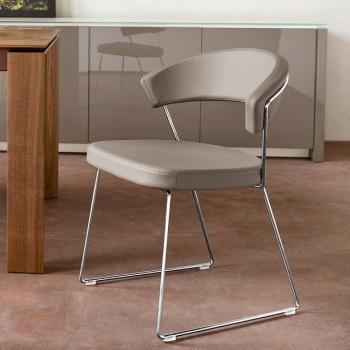 Calligaris new york chair sleigh legs for Tavolo modern calligaris